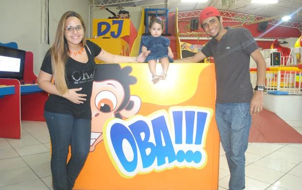 Perlla com a família (Foto: Divulgação)