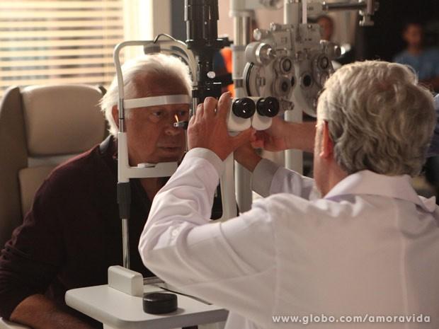 César passa por novos exames (Foto: Carol Caminha/TV Globo)