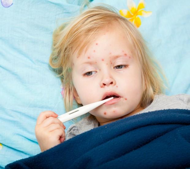 criança; doente; febre  (Foto: Thinkstock)