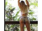 Joana Machado posa de shortinho curto e provoca seguidores