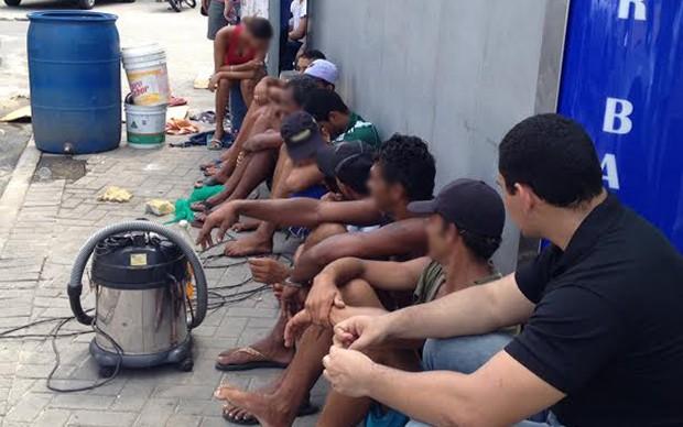 Polícia usou imagens do grupo de flanelinhas em Tambaú, em João Pessoa, para investigar o tráfico de drogas na região (Foto: Walter Paparazzo/G1)