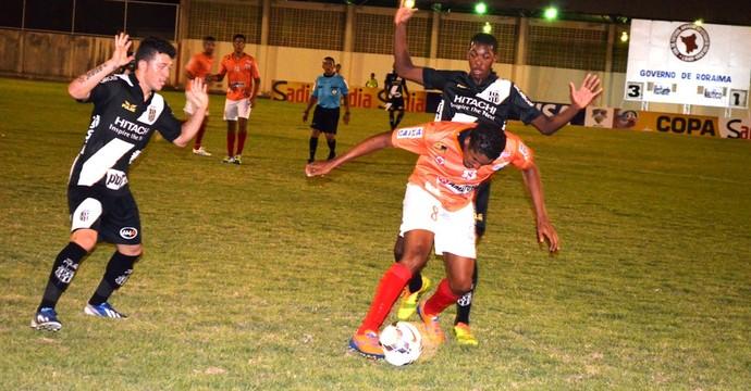 Com time reserva a Ponte Preta elimina chances do Náutico-RR na Copa do Brasil (Foto: Nailson Wapichana/GloboEsporte.com)