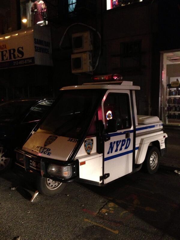 Victoria Beckham mostra a polícia de Nova York procurando sua bike (Foto: Reprodução/Twitter)