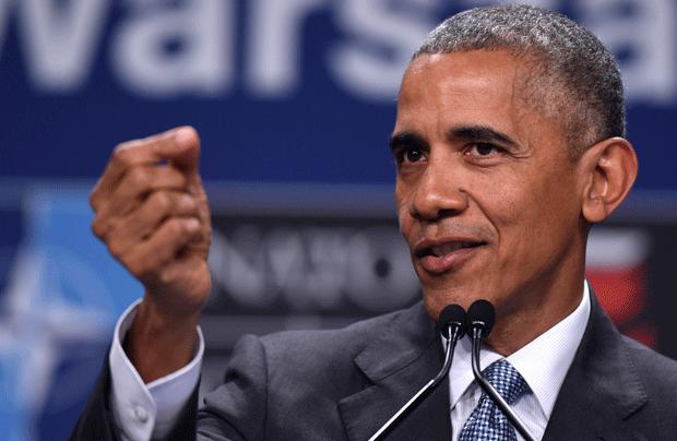 O presidente dos EUA, Barack Obama, discursa neste sábado (9) (Foto: AP)