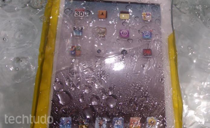Capa da DIcapac cabe em todos os iPads, da Apple (Foto: Pedro Zambarda/TechTudo)