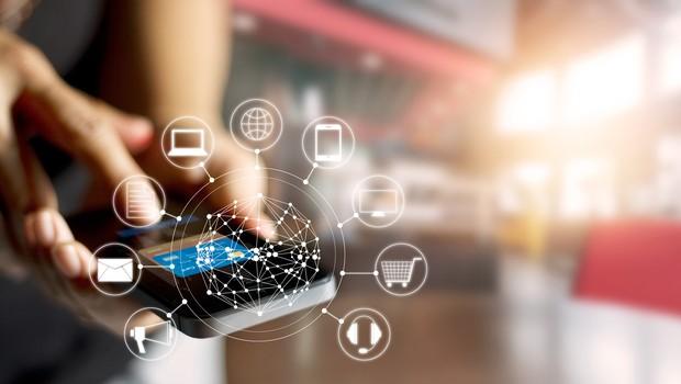 Com a crescente demanda dos consumidores por novas plataformas, a atenção dos anunciantes têm se voltado também para o mundo digital (Foto: Thinkstock)
