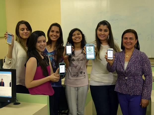 Jovens disputam competição internacional 'Technovation Challenge' (Foto: Karla Lima/G1)