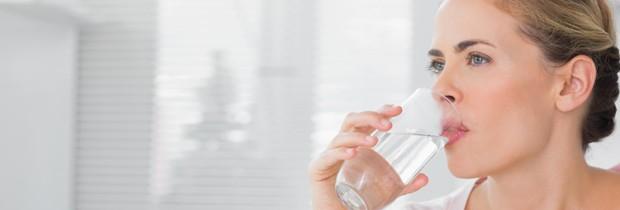Água é um importante antioxidante (Foto: Think Stock)
