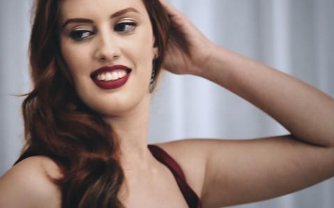 Maquiagem para ruivas: Torquatto se inspira em Nicole Kidman no filme 'Moulin Rouge'