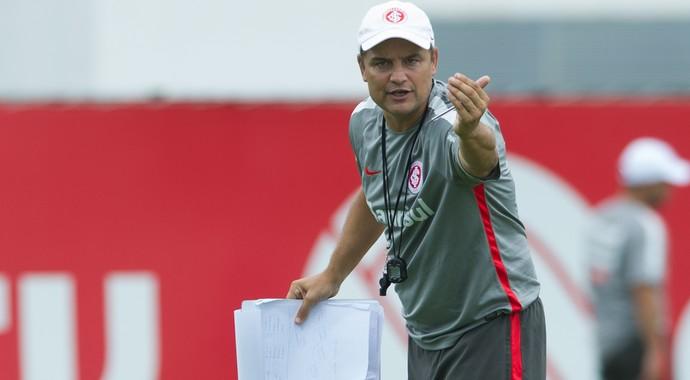 Diego Aguirre técnico Inter (Foto: Alexandre Lops / Divugação Inter)