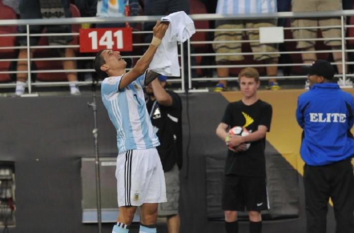 Di María comemoração Argentina (Foto: Reprodução/Twitter)