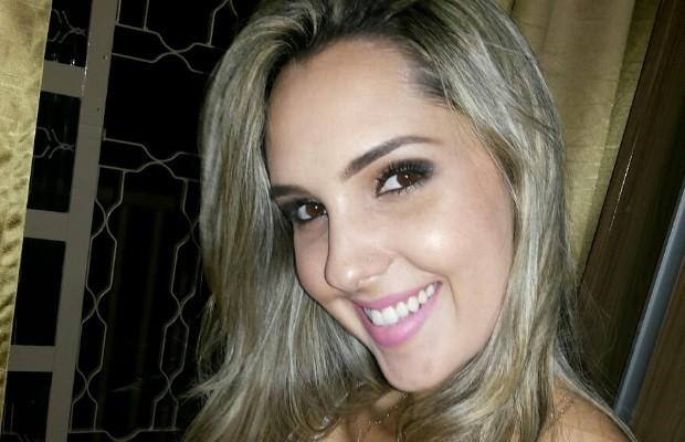 Fisioterapeuta Caillane Marinho é encontrada morta dentro de casa; namorado é suspeito em Goiás (Foto: Reprodução/Facebook)