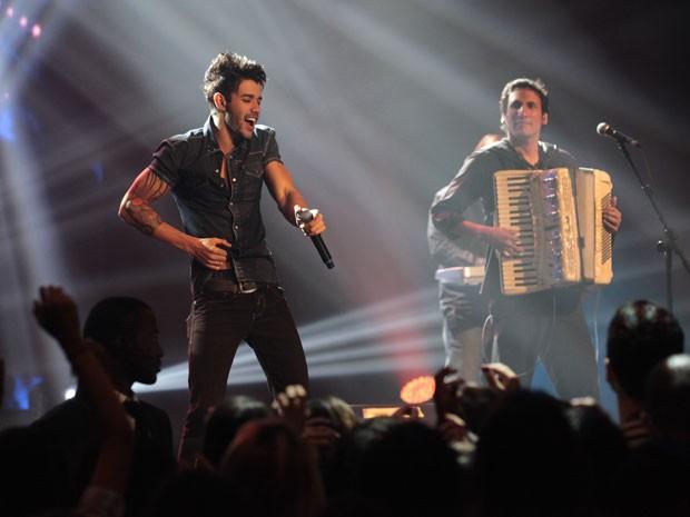 Gusttavo Lima gravou show que vai ao ar na novela (Foto: Amor à Vida/TV Globo)