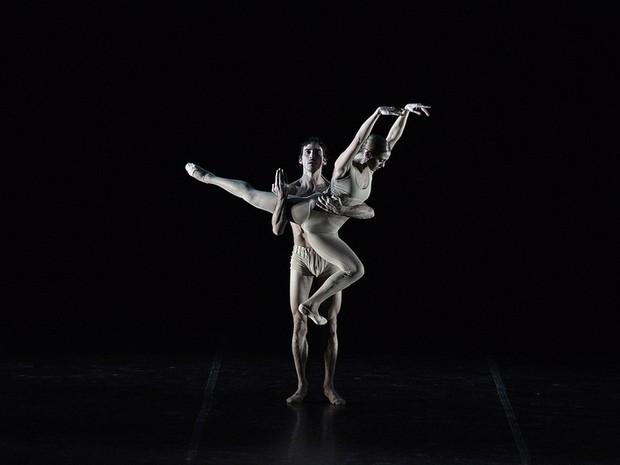 Balé do Uruguai se apresenta na Noite de Abertura  (Foto: Festival de Dança de Joinville/Divulgação)