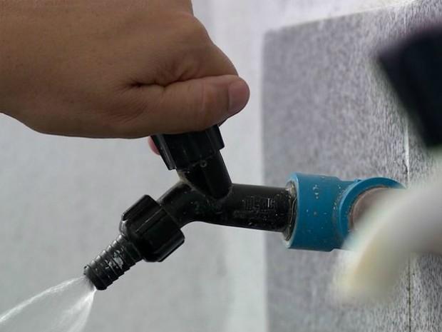 Conta de água vai ficar mais cara em Colatina (Foto: Reprodução/ TV Gazeta)