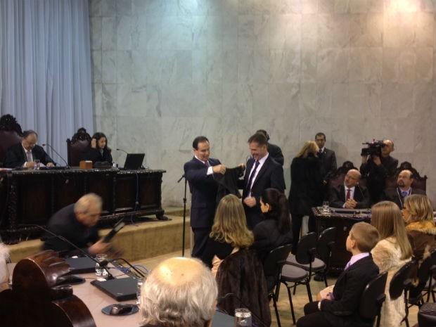 Posse de Fábio Camargo foi conselheiro do Tribunal de Contas do Estado do Paraná (TCE-PR) foi realizada na tarde desta segunda-feira (22) (Foto: Carolina Wolf / RPC TV)