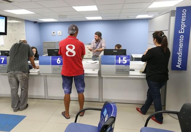 Caixa faz atendimento especial para contas inativas do FGTS (Foto: Fabio Rodrigues Pozzebom/Agência Brasil)