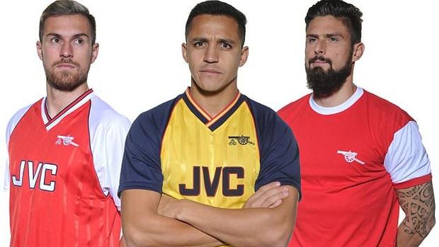 BLOG: Arsenal lança camisa retrô em alusão aos seus títulos históricos