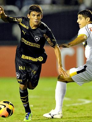 Jadson jogo Botafogo Sobradinho (Foto: Fabio Castro / Agif)