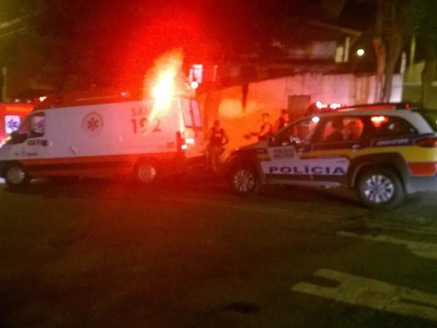 Homem de 38 anos foi morto a facadas no bairro Vale dos Ypês, em Varginha (Foto: Reprodução Whatsapp)
