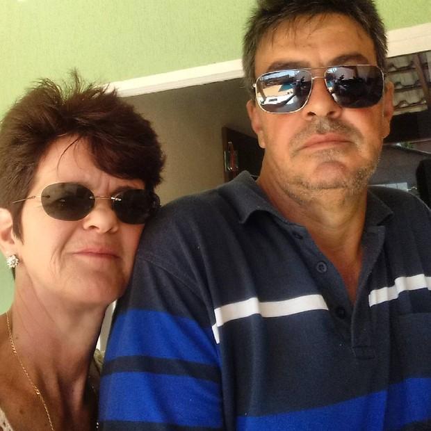Eliane e Sérgio Queiroz, pais de Camila Queiroz (Foto: Reprodução/Instagram)