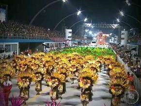 As escolas de samba são a marca registrada do carnaval nacional (Foto: CEDOC)