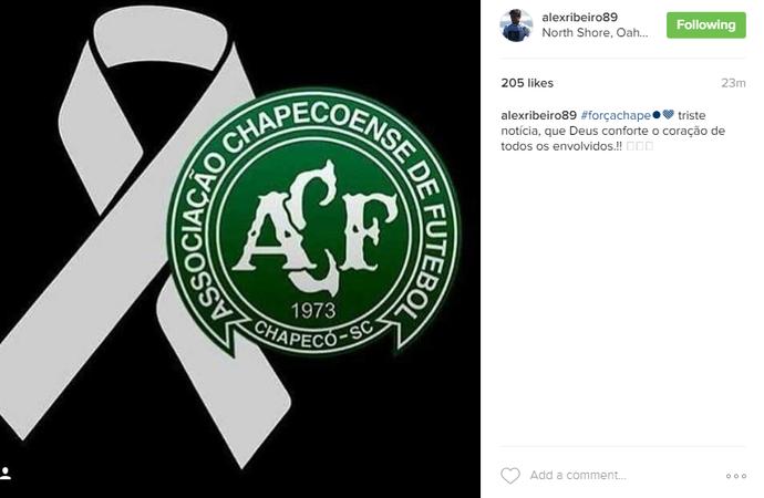 Alex Ribeiro faz homenagem à Chapecoense (Foto: Reprodução Instagram)