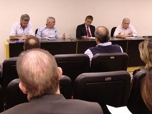 Reunião sobre HC-UFU em Uberlândia (Foto: Reprodução/TV Integração)