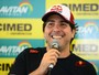 Após fim da RBR, Cacá Bueno assina com time atual campeão da Stock Car
