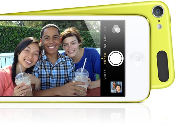 novo iPod Touch de 16 GB tem cinco opções de cores (Foto: Reprodução/Apple Store)