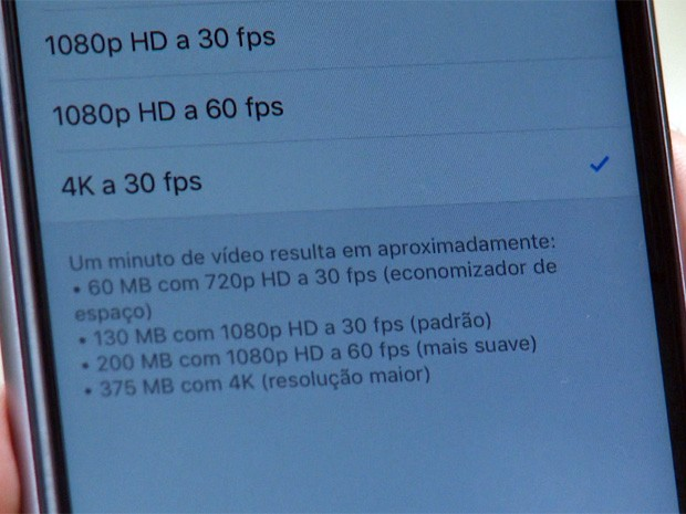 A Apple estima que, para cada minuto de vídeo gravado em 4K, sejam consumidos 375 MB da memória - péssima notícia para quem só tem 16 GB de armazenamento (Foto: G1)