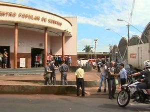 Centro Popular de Compras foi alvo de operação do MP (Foto: Paulo Souza/EPTV)
