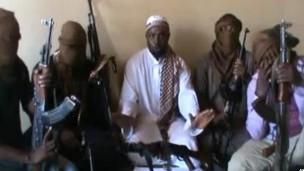 Se o Boko Haram se aproximar da Al-Qaeda, isso atrairá tropas e ataques de mísseis à Nigéria (Foto: AFP)