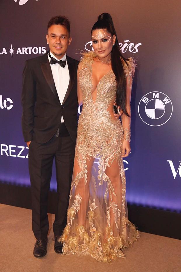Natália Guimarães e Leandro  (Foto: Eduardo Saraiva/ Ed. Globo)
