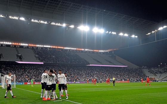 Arena Corinthians,em Itaquera.A imbatível fase esportiva não alivia as finanças do time (Foto:  Mauro Horita/AGIF/AFP)
