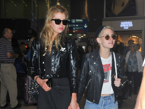 Stella Maxwell e Kristen Stewart (Foto: Grosby Group)