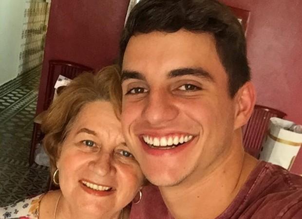 Manoel e a sogra, Vera (Foto: Reprodução/Instagram)