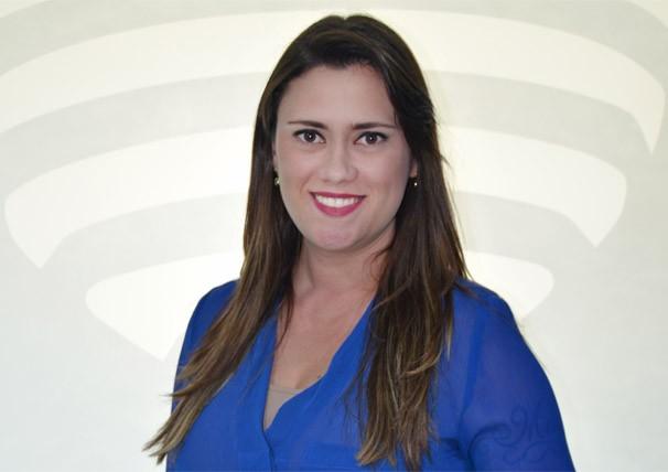 Bruna Bachega, integra a equipe de jornalismo da TV Fronteira (Foto: Marketing / TV Fronteira)