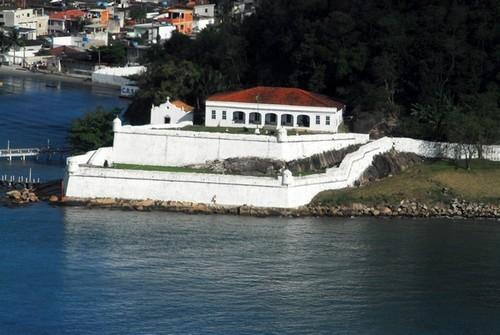 Fortaleza de Santo Amaro da Barra Grande (Foto: divulgação - Guarujá)