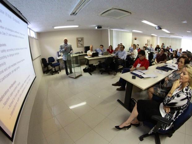Consórcio internacional promete responder dúvidas sobre o zika (Foto: Marlon Costa/Pernambuco Press)