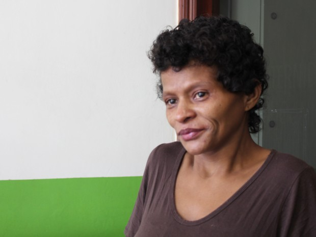 Maria Edna dos Santos teve o 11º filho em casa (Foto: Mariane Rossi/G1)