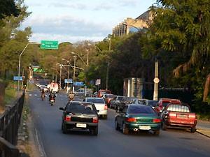 Trânsito em Campinas, SP (Foto: Fernando Pacífico / G1 Campinas)