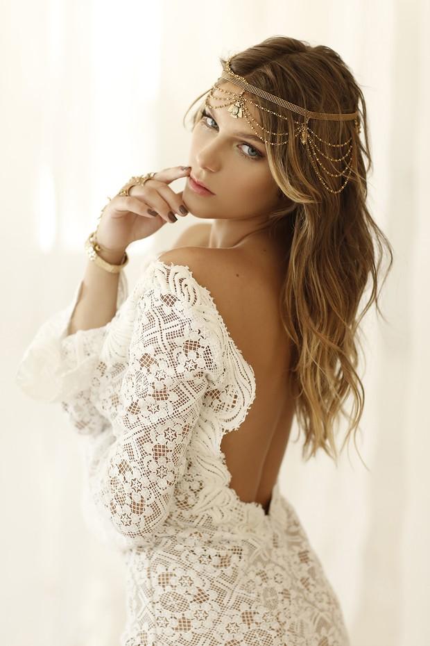 EGO - Isabella Santoni raspa cabelo e é comparada a Justin Bieber na ... 99ffe27626