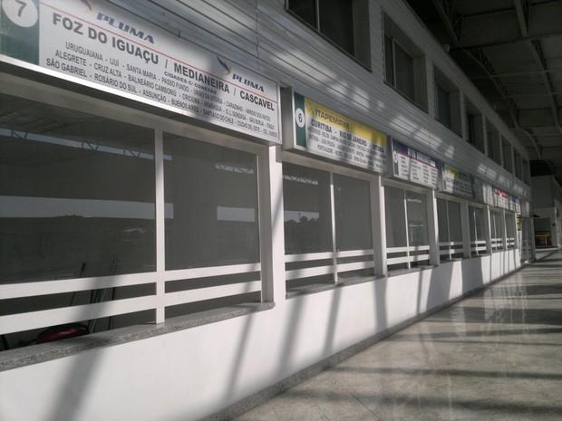 Guichês vazios (Foto: Rosanne D'Agostino)