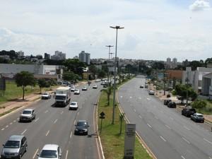 Avenida Rondon Pacheco em Uberlândia (Foto: Divulgação/PMU/Secom)