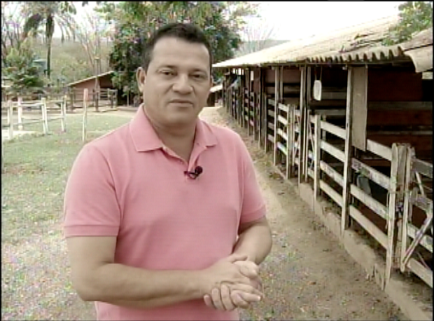 João Edwar apresenta o Inter TV Rural aos domingos (Foto: Reprodução / Inter TV)