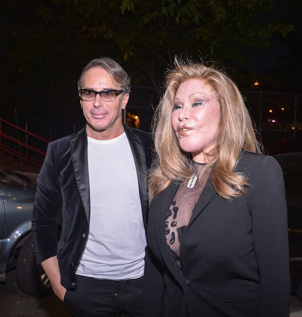 A socialite Jocelyn Wildenstein e o empresário Lloyd Klein (Foto: Getty Images)