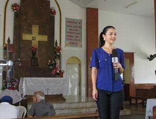 Marcella Priscilla apresenta o Clube Rural em Santa Cruz dos Milagres (Foto: Katylenin França/TV Clube)