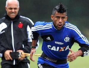 Leo Moura no treino Flamengo (Foto: Cezar Loureiro / Agência O Globo)