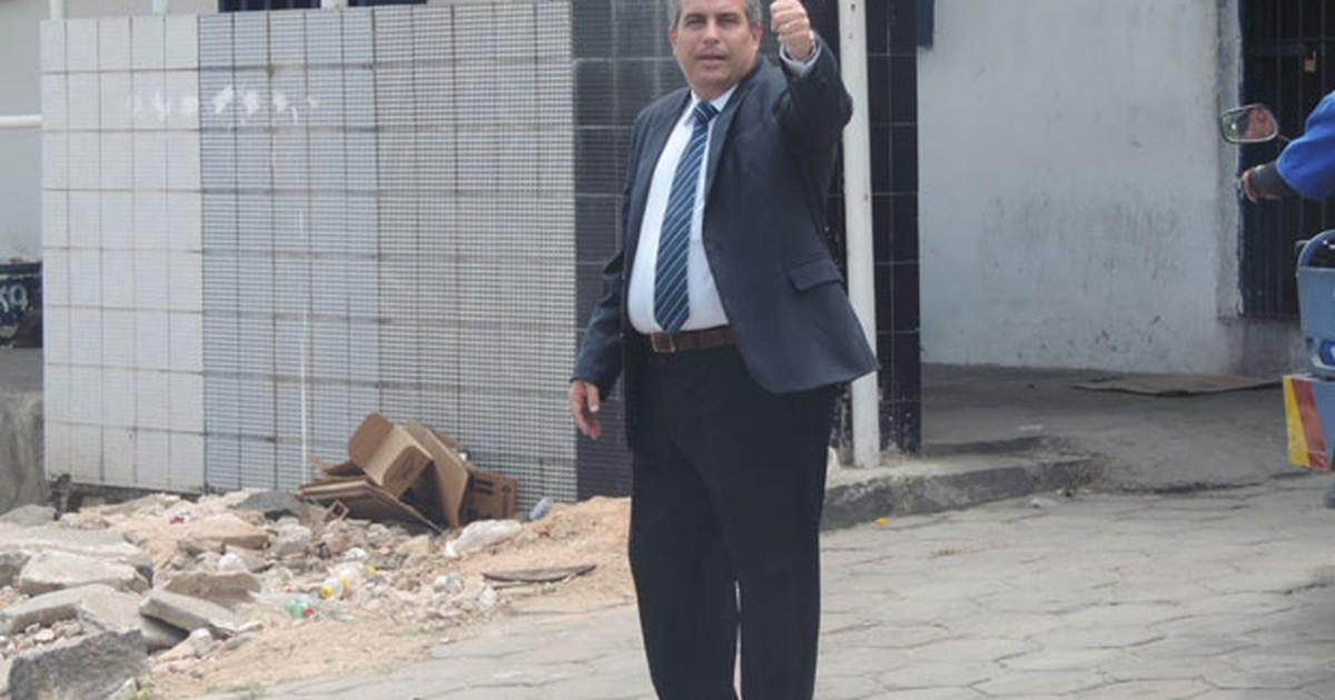 Secretário de Ressocialização chega a presídio para tentar conter ... - Globo.com
